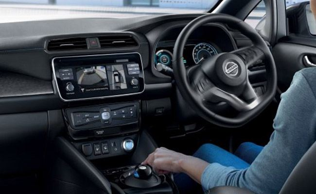 gazley nissan leaf interior while driving